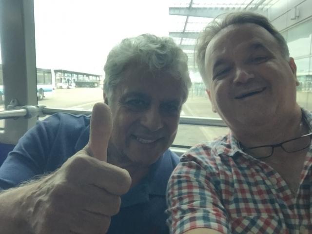 160818 Avec Enrico Macias - Selfie à Toulouse !